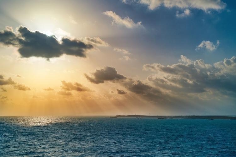Morning Sun Co Cay weekend deco - rickschwartz | ello