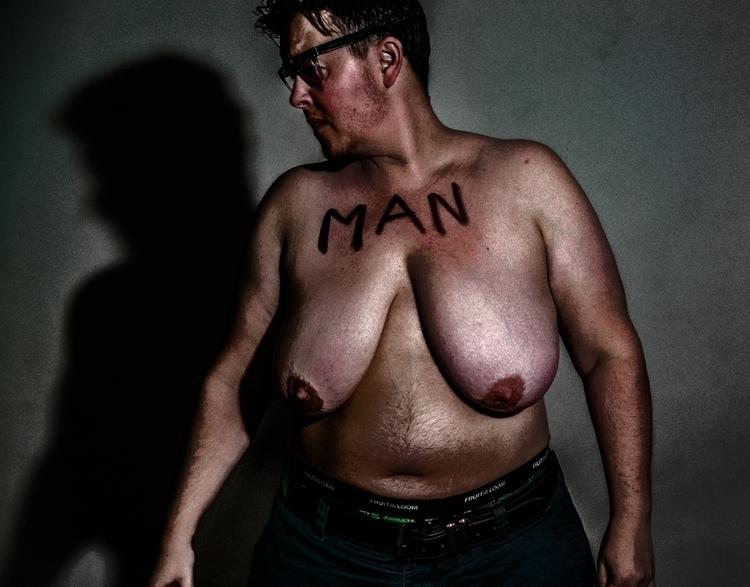 MAN Instagram/FB/Twitter - trans - twrecks | ello