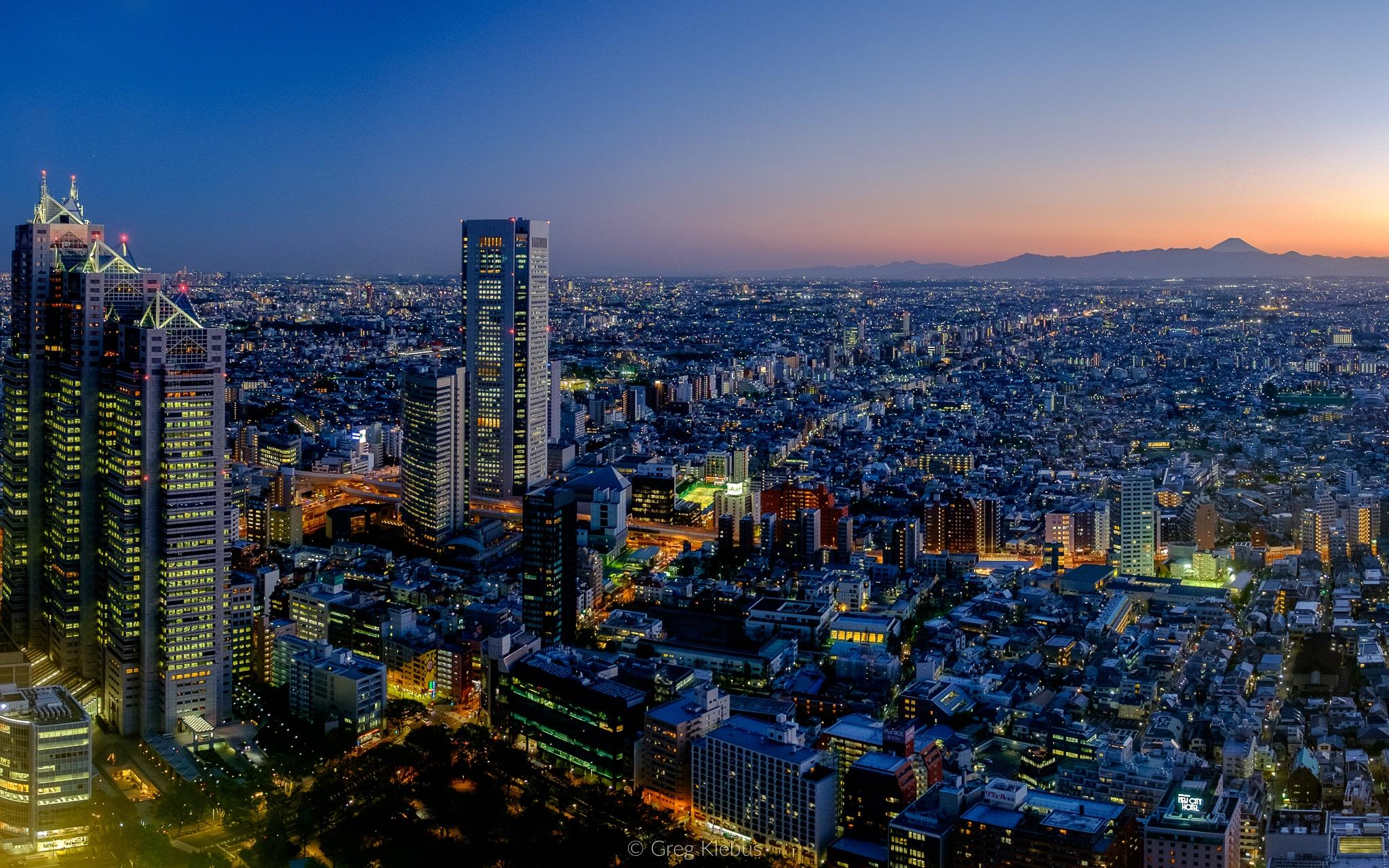 Tokyo - Japan, tokyo, cityscape - gklebus | ello