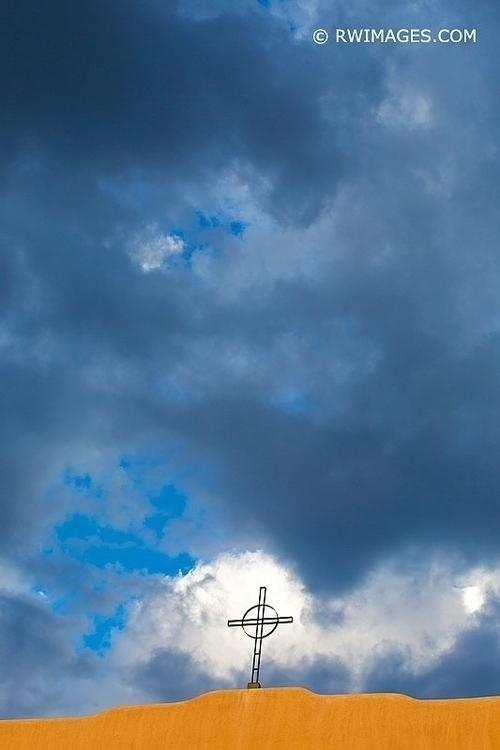 CROSS STORMY SKY SANTA FE MEXIC - rwi | ello