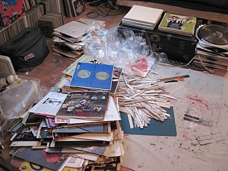 Cutting 300 recycled record sle - w_a_davison   ello