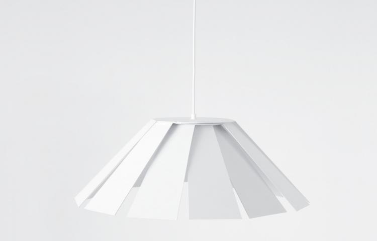 Design: Paolo Benevelli Studio - minimalist | ello