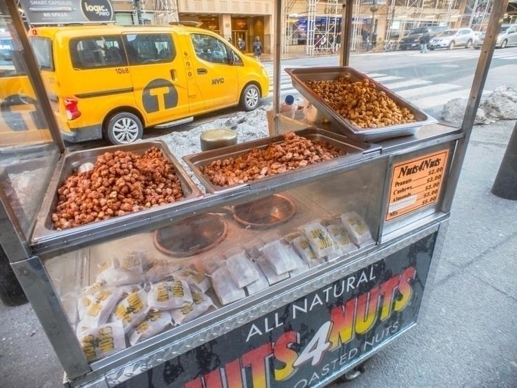 Nuts 4   [Ello](http://ello.co - photografia   ello