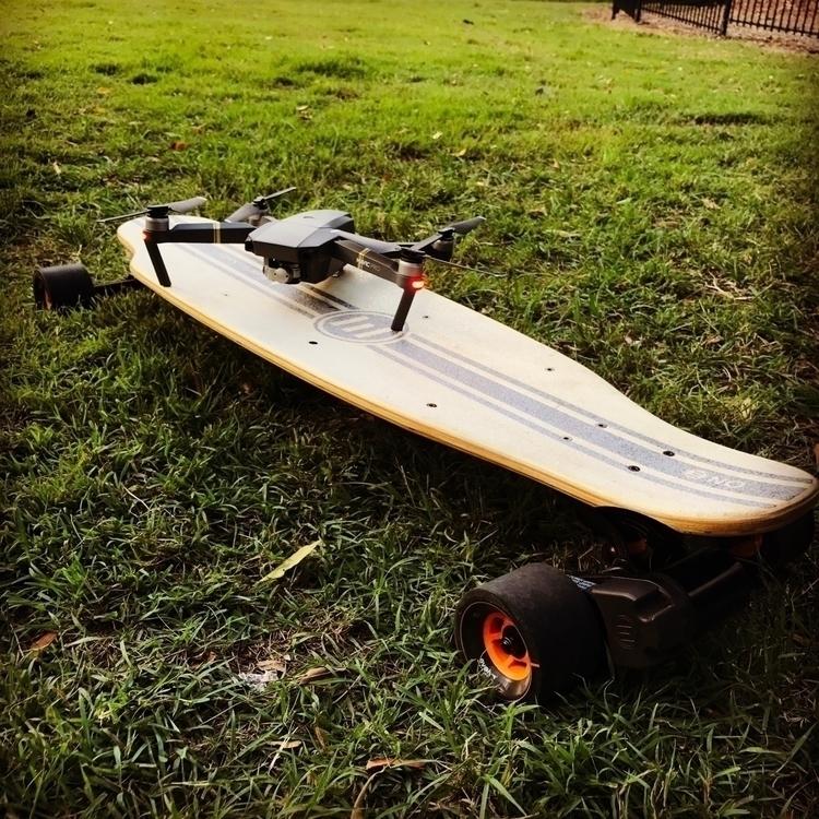 Sunday Carving - evolveskateboards - darrenwood | ello