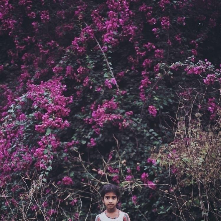 morning, flowers, girl, portrait - riazhassan | ello