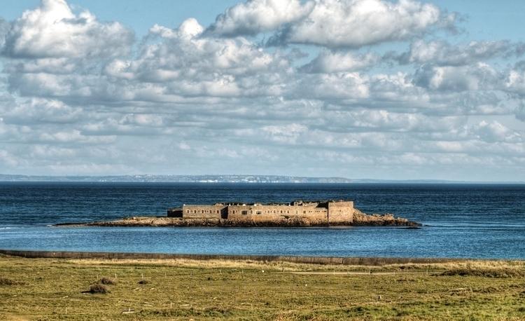 Fort Raz France - Longis Bay Fr - neilhoward | ello
