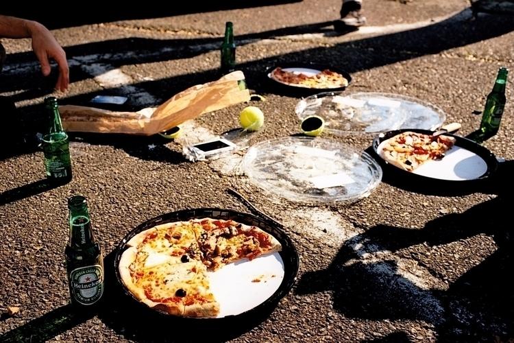 Clio - olympus, analog, pizza, beer - pauline_roquefeuil | ello