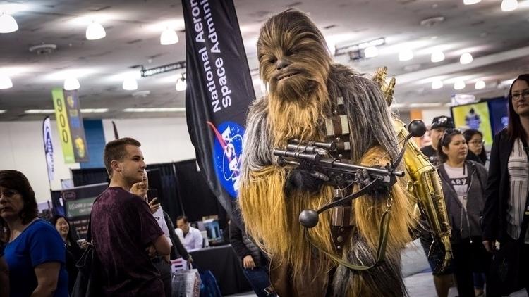 Adam Savage cosplays Chewbacca  - bonniegrrl | ello