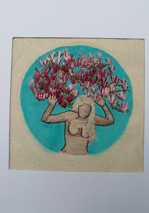 Springtime surrender, $77, emai - nicholealvarado | ello