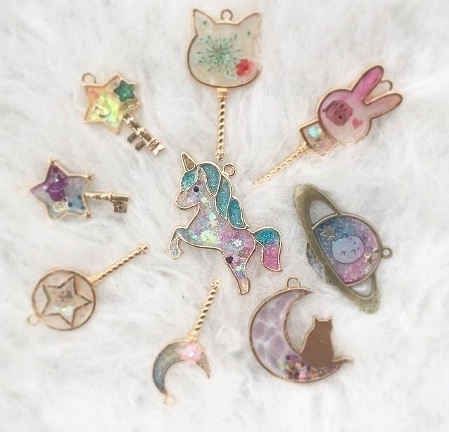 Rainbow unicorny Wednesday:spar - finysha | ello