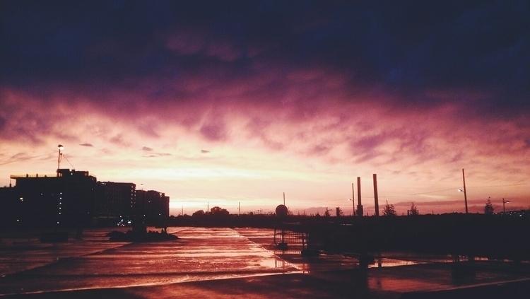 clouds, nomanssky - vivalavali | ello
