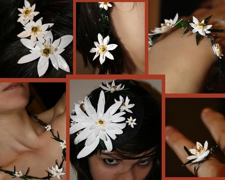 Edelweiss paper, acrylic paint - aiakira | ello
