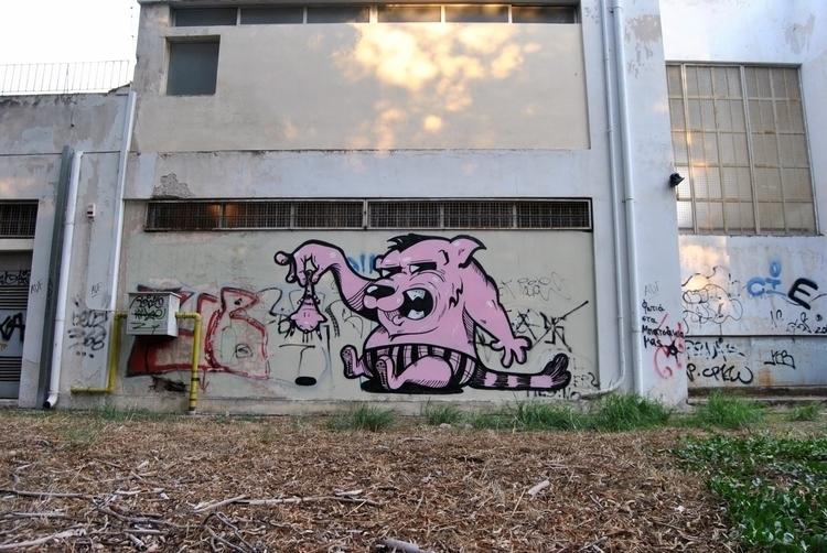Scared bear, 2012 - graffiti, graffiti,urban,street,character - kaiman-6057 | ello