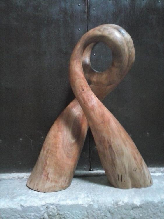 Sense títol - sculpture - xavipuente | ello