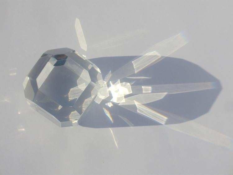 Light Catcher 1 - optical, resin - smouss | ello