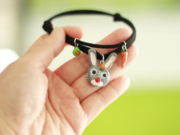 Hare - hare, rabbit, bracelet, crystal - pearlcatcat | ello