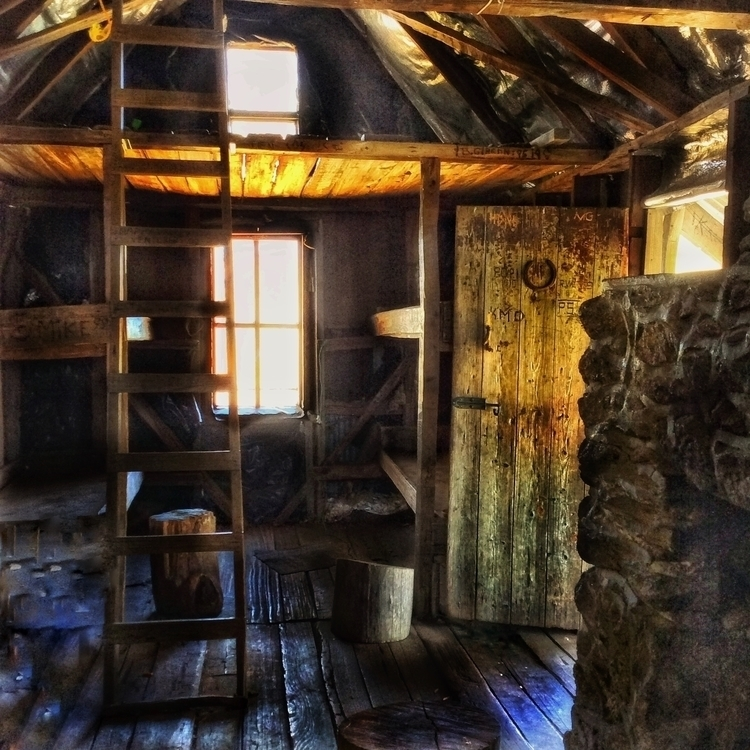 Shelter Storm - hut, shelter, australia - stuartmedia | ello