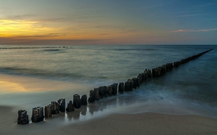 Sunset Zen Mood Seascape - illustration - julissimo   ello