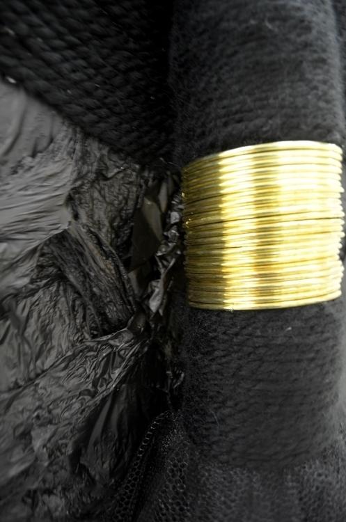 Lahwi [long necked] detail - teneehart | ello