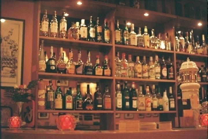 Hobby bar Monte Gordo | Praktic - joanasantos | ello