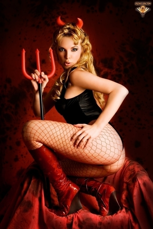 Follow - devil, woman, sexy, temptation - digihelion | ello