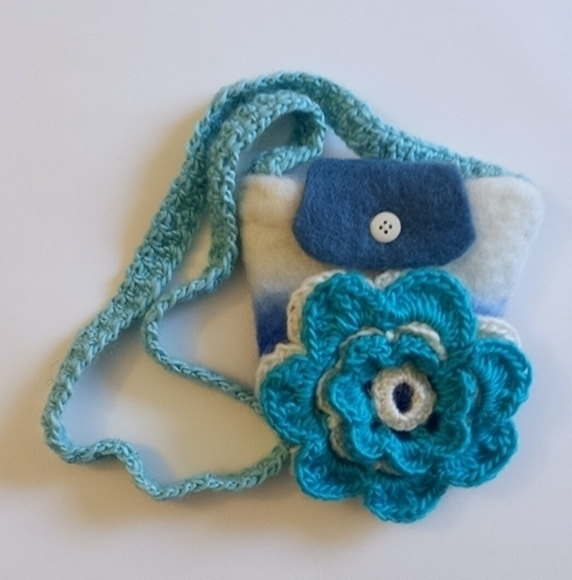 Felting Pocket Crochet Flower - denise0215 | ello