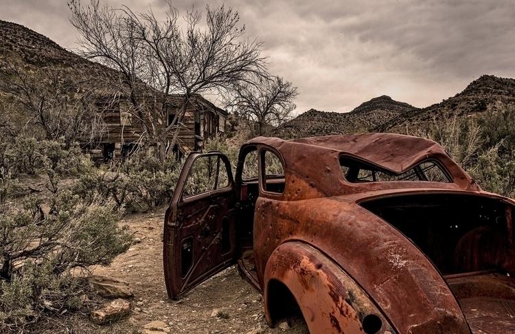 ghost town (Utah - 3, photography - pierocefaloni   ello