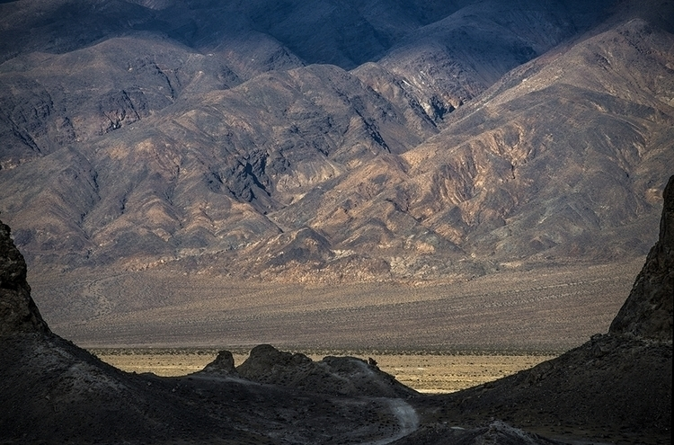 road peaks - photography, searlesvalley - frankfosterphotography | ello