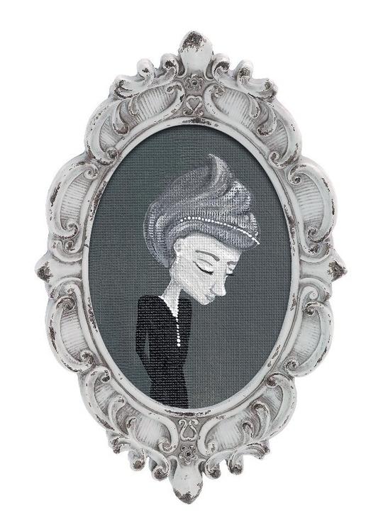 Woeful Widow | Acrylic Painting - laceyleach | ello