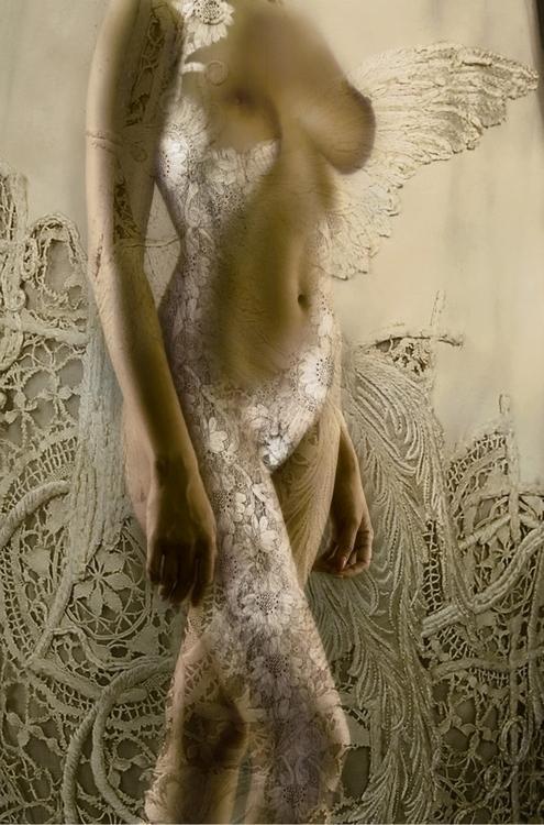 TEMPTATION - nude, vintage, lace - carmenvelcic | ello
