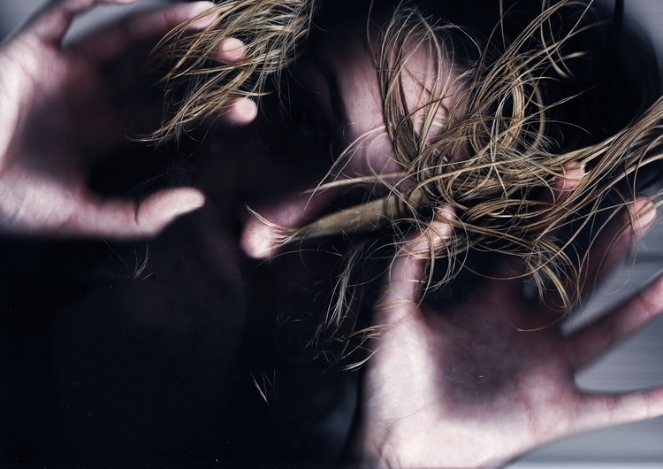 photography, selfportrait, conceptual - juliahs-1141 | ello