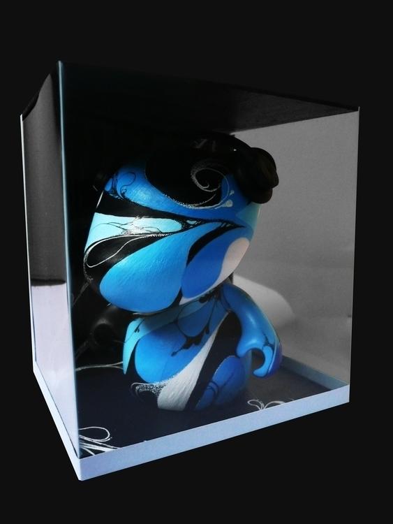 Rooz box - artoyz, vinyl, toys, painting - m4rinema | ello