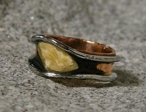 copper ring hand cut Amber stai - wolfgangschweizer | ello