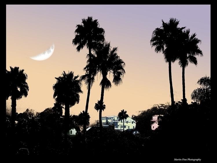 Moonrise, Catallina Island - martfine | ello