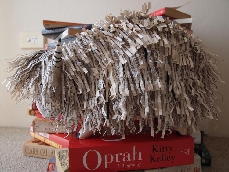 Yomoyaka - papersculpture, Yak, papermache - janakilele | ello