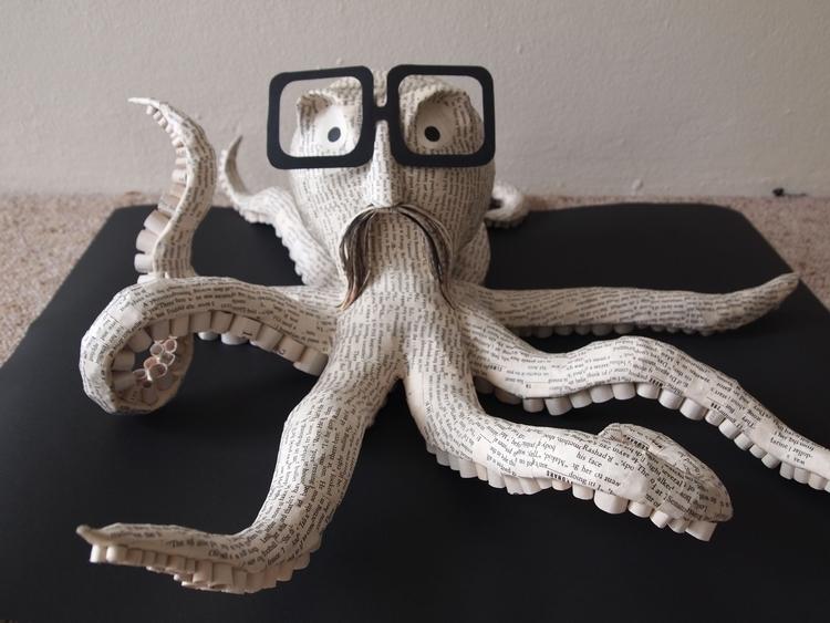 Professor Octacles - sculpture, papercraft - janakilele | ello