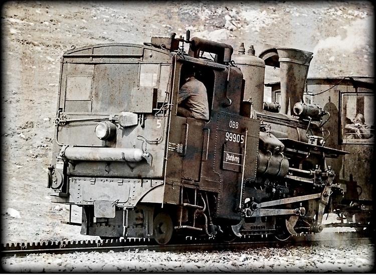 Image showing steam cog locomot - leo_brix | ello