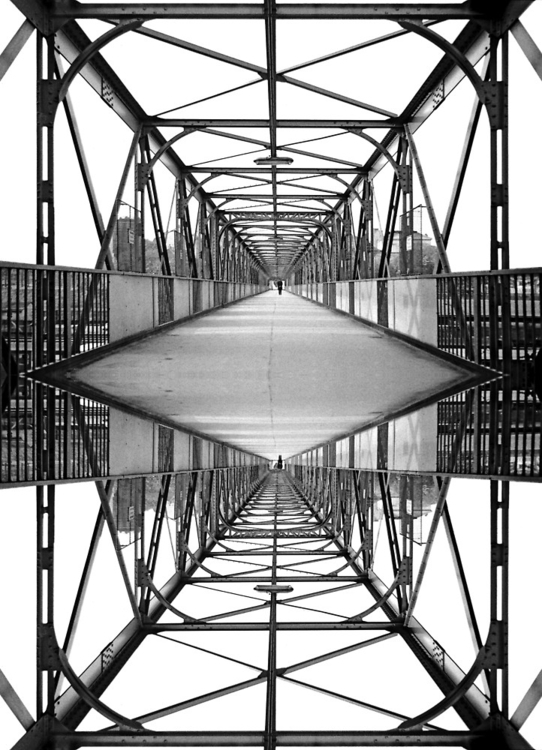 Mirror image iron bridge, Vienn - leo_brix | ello