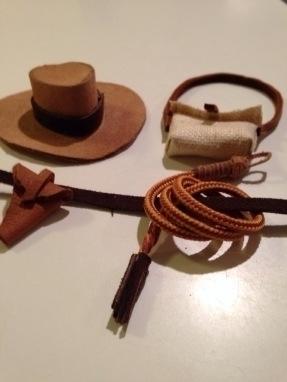 Accessories customized toy. Tin - tessamorrison | ello