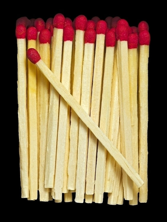 Sticks wooden matches red heads - leo_brix | ello