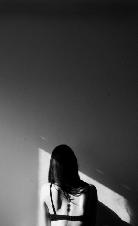Monotonia - photography, girl, tattooedlady - janew-8331 | ello