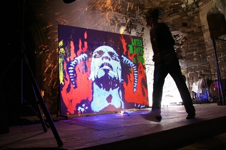Speed live painter Glow show UV - quimmoya | ello