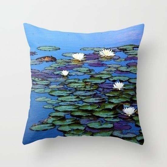 original design Water Lily Tran - voirlisa | ello