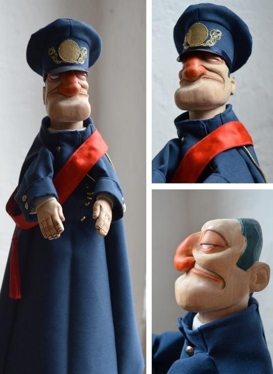 characterdesign, cop, wood, sculpting - ilaria-5773   ello