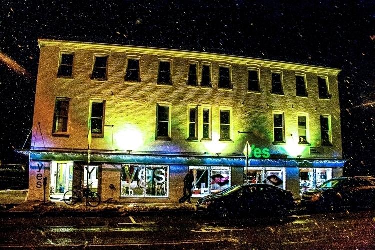 snow, night, lights, color, building - dave19 | ello