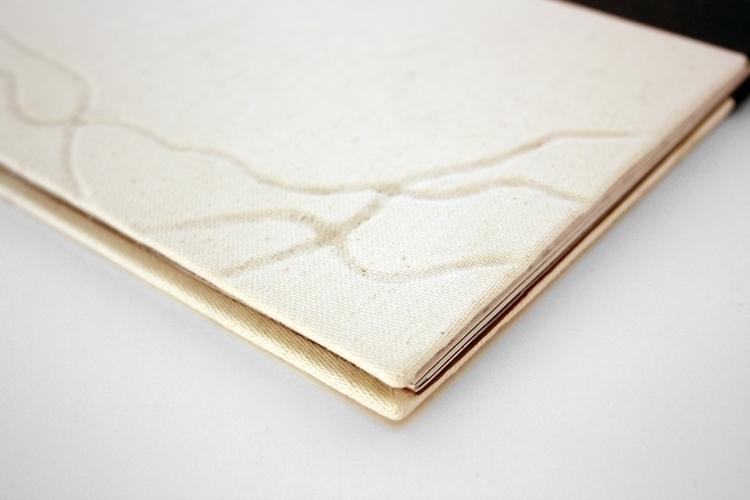 Poem book - illustration - gollo-1028 | ello