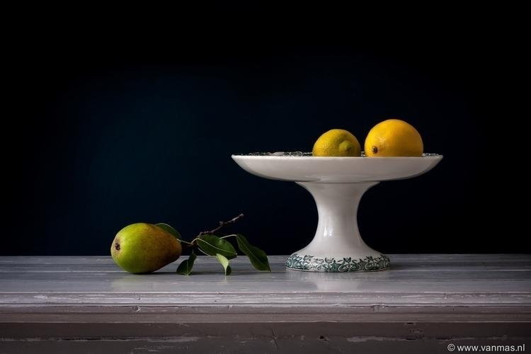 Stilleven met peer en citroen - photography - vanmas | ello