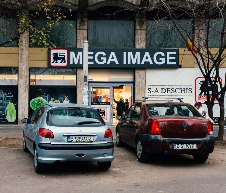 { ix  - photography, mediumformat - catmando-5511 | ello
