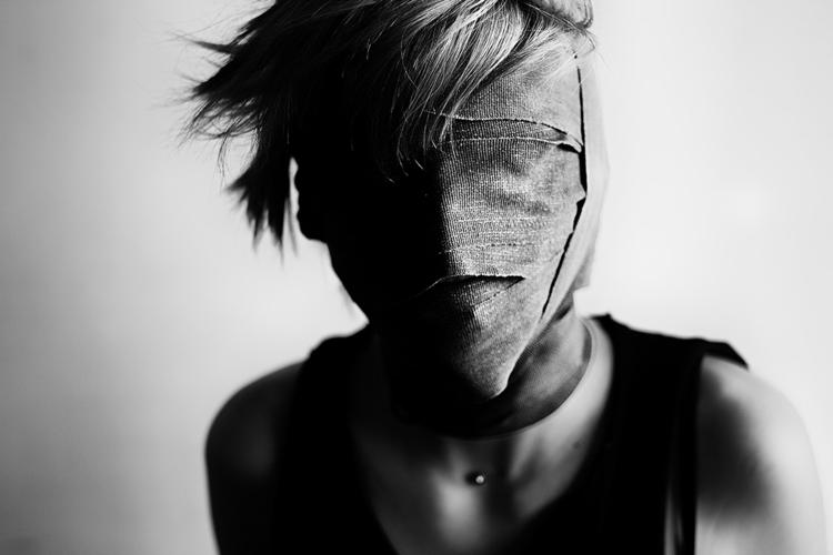 portrait, bodies, blackandwhite - laurentgiguere | ello
