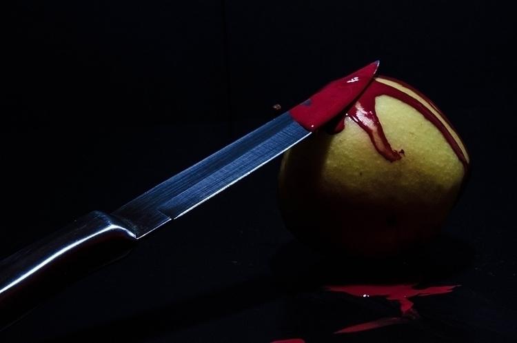 Vegetarian Apple Kill - photography - silvion | ello